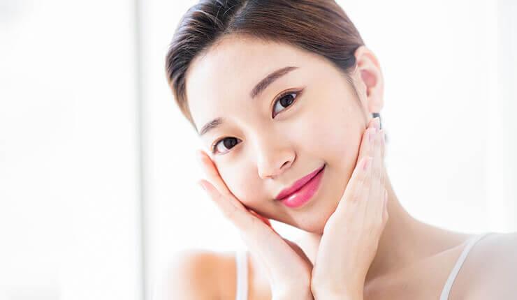 美肌成分をお肌の奥深くまで浸透させる 「イオン導入」